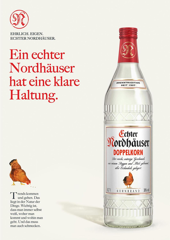 Advertising CGI Rendering 3d Echter Nordhäuser CGI Doppelkorn Haltung Flasche Liquid Getränke Alkohol Idris Kolodziej