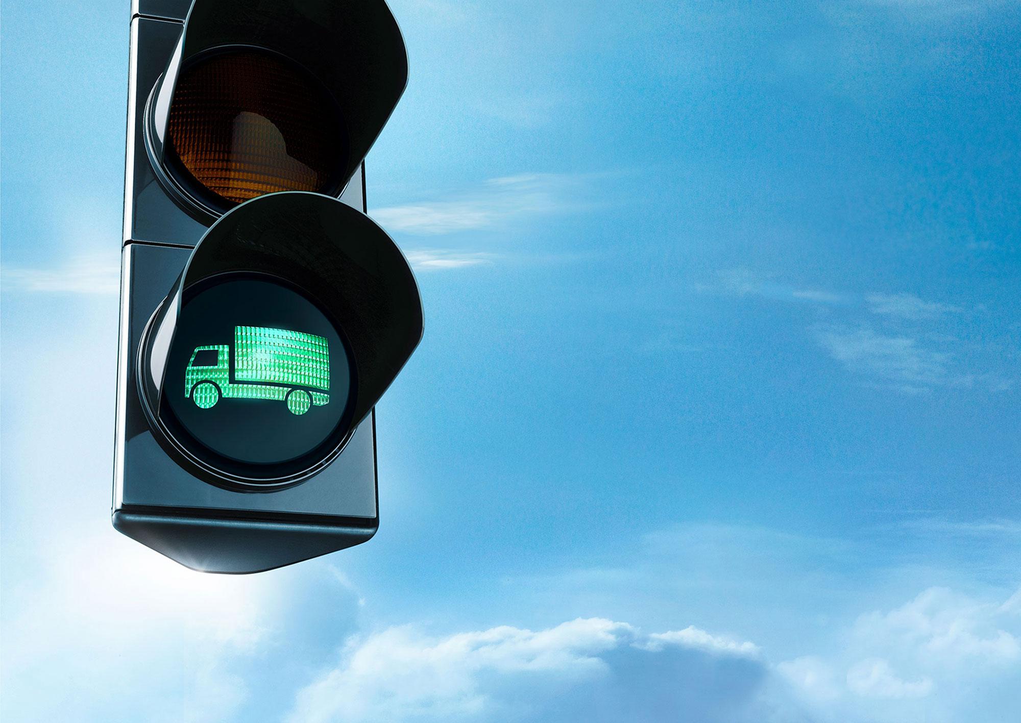 Advertising Mercedes Benz Services Ampel Dieselpartikel Filter Umweltzone Maut Grüne Welle LKW Nachrüstung Still life Idris Kolodziej