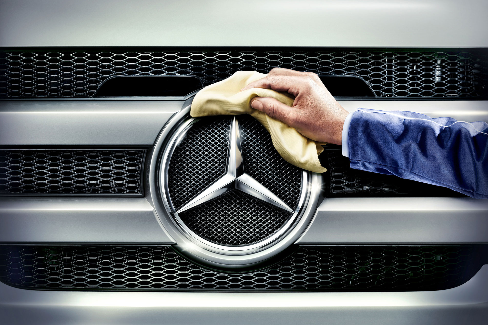 Advertising Mercedes Benz Services Sternputzer Glanzleistung Still life Idris Kolodziej
